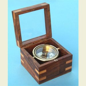 Engravable Small Boxed Compass with Beveled Glass Lid