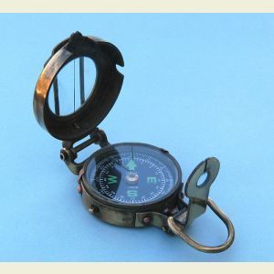 Engravable Antique Engineering Lensatic Pocket Compass with Leather Case